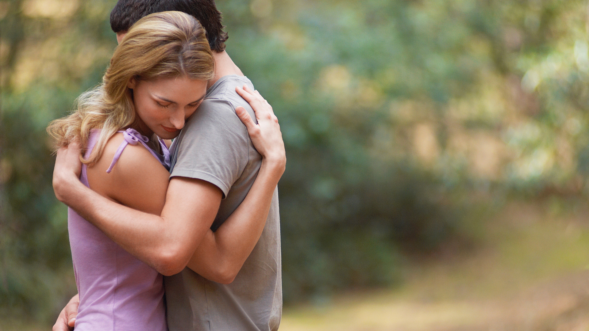 10 different types of hugs and what they mean