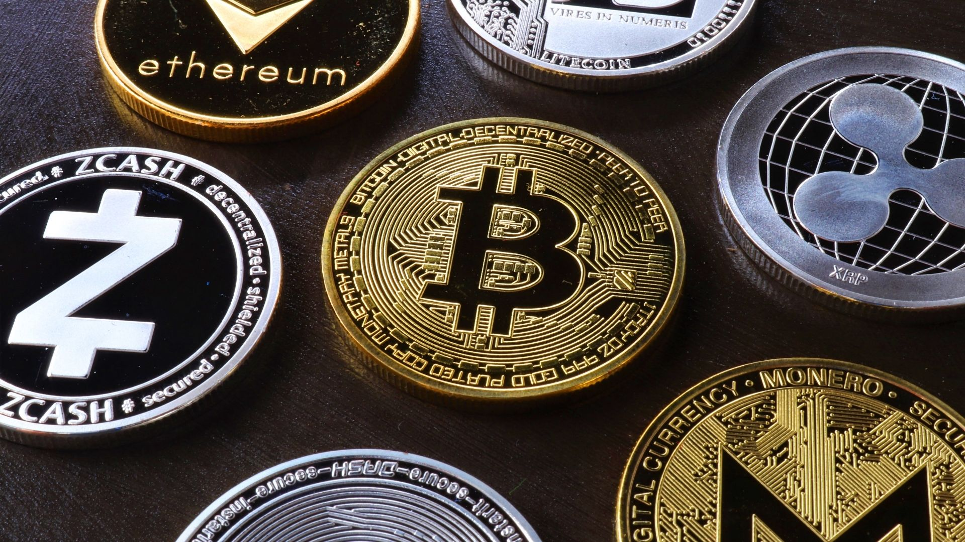 Top 10 best cryptocurrencies to invest in 2021
